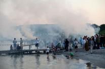 """Sankt Hans ved Bellevue – Foto fra """"Risskov – Nærvær & fremsyn"""""""
